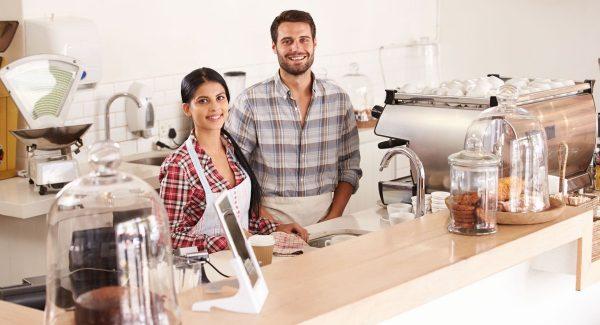 Entrepreneurs derrière le comptoir