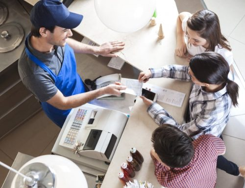 Faut-il passer au reçu numérique, ou conserver le ticket de caisse papier (toxique)?