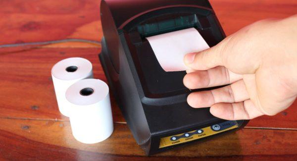 Rouleaux de reçus en papier
