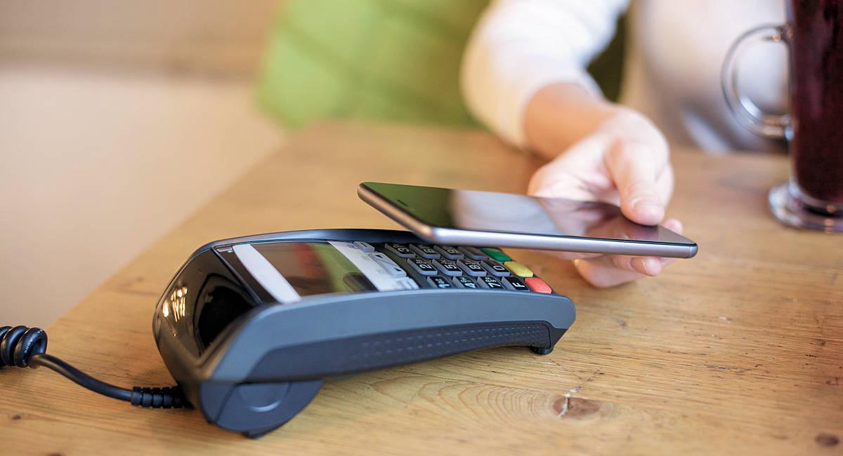Paiement NFC avec un smartphone et Google Pay