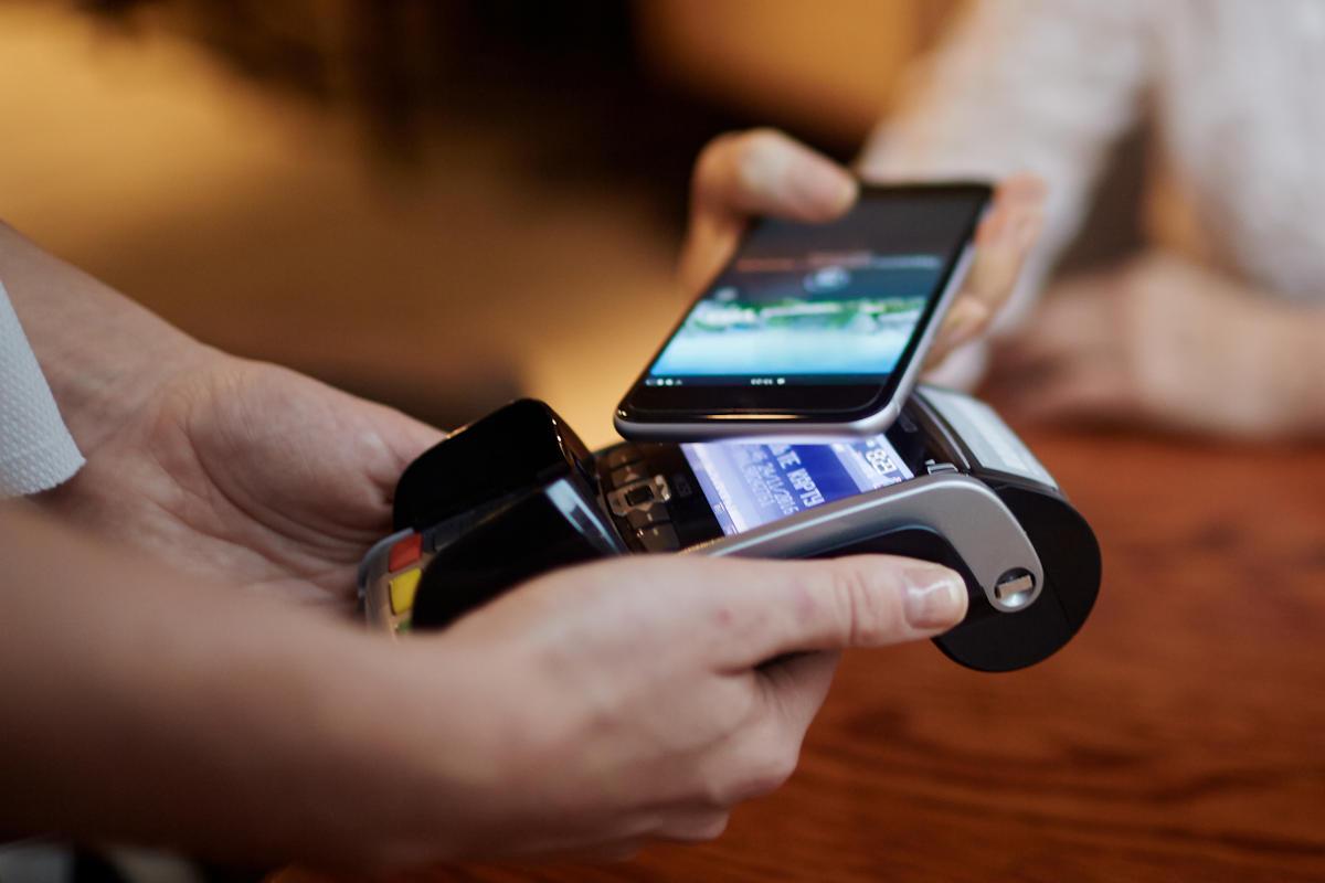 Paiementn sans contact avec un smartphone