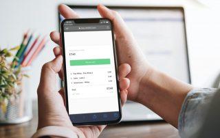 Paiement sur un mobile avec les liens de paiement d'iZettle